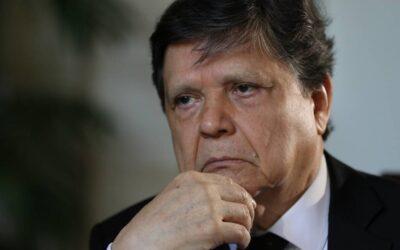 Retraso de vacunas volvió escéptico a Acevedo